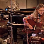 birdy-performs-live-in-studio